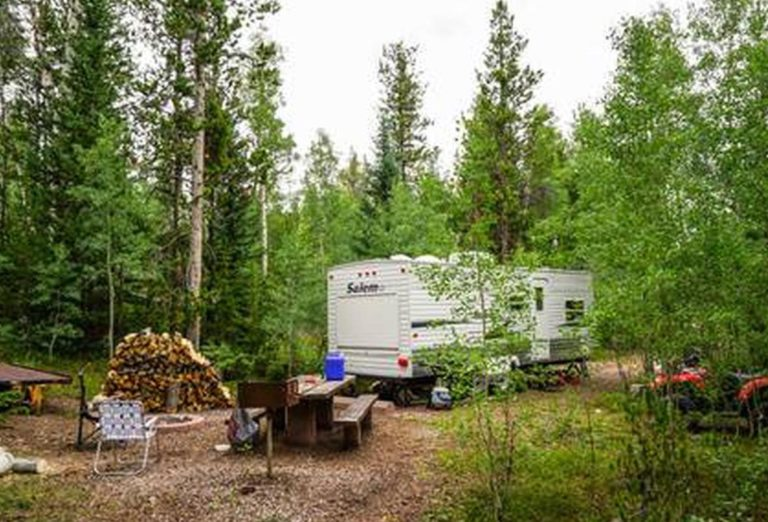 Meeks Cabin Campground on the border of Wyoming and Utah